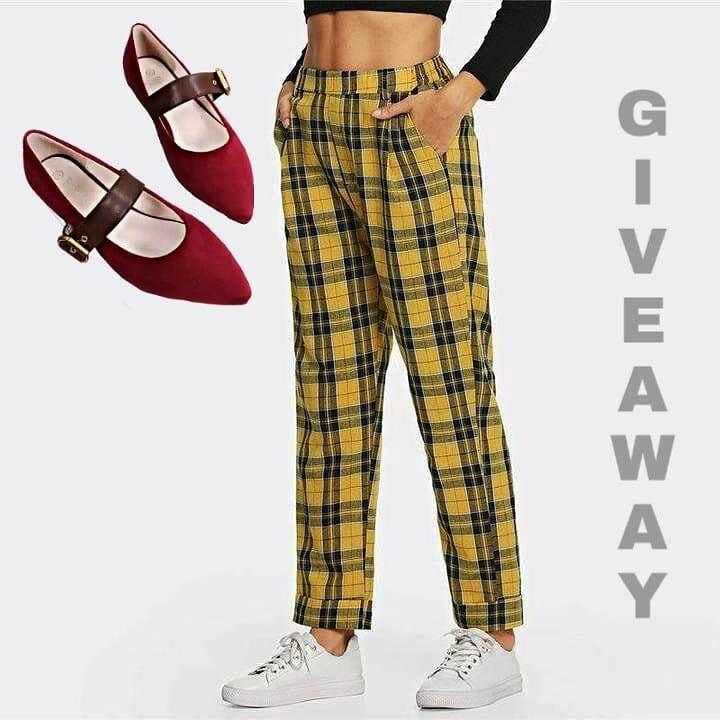 Sepatu & Plaid Pants Gratis Dari Delishoesly